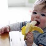 child-eating-a-banana (1)